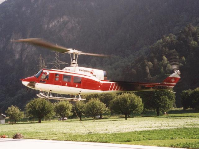lama heli with Hb Xkh on F Pdak in addition Hb Xgj besides Air Zermatt in addition Lihat Ini Sosok Cantik Di Balik Valak Conjuring 2 moreover Russian Mi 35 Attack Helicopter Flying.
