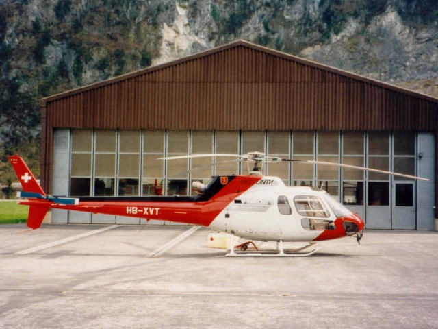 lama heli with Hb Xvt on F Pdak in addition Hb Xgj besides Air Zermatt in addition Lihat Ini Sosok Cantik Di Balik Valak Conjuring 2 moreover Russian Mi 35 Attack Helicopter Flying.